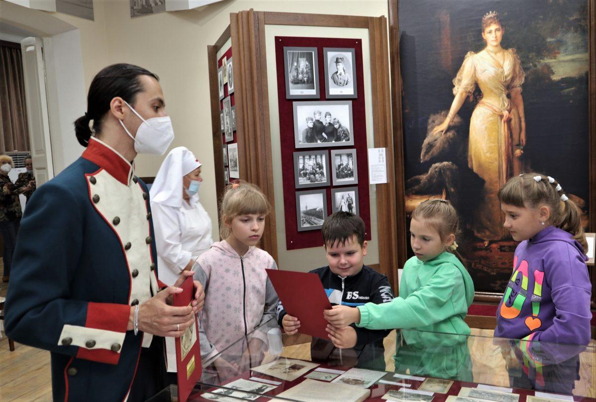 В августе месяце в музее был показан ряд программ для детей из центра развития ребенка «Гудвин».